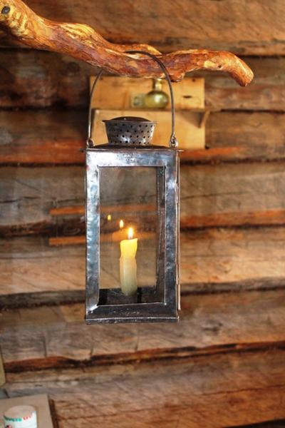 Таежный уют. Старинный фонарь ХIХ век.