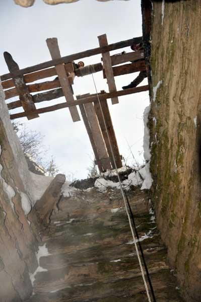 Расчистка шурфа на Воскресенском руднике