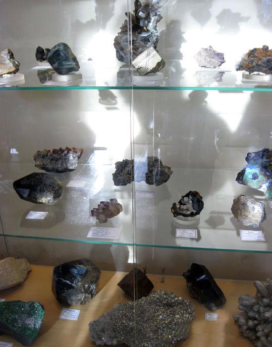 Часть экспозиции выставки «Штуфной кабинетъ»
