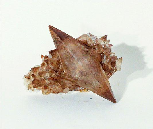 Кальцит. Скаленоэдрический кристалл