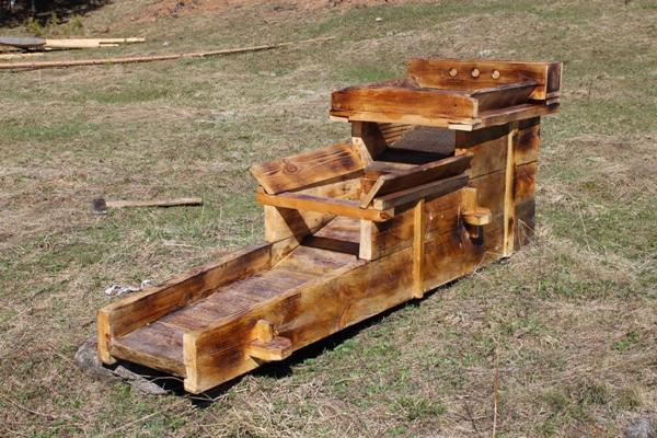 Вашгерд - основной прибор для промывки золота у старателей