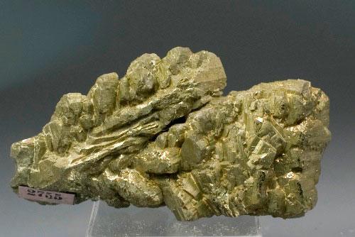 Дендритные кристаллы пирита