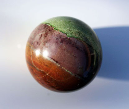 Известняк в форме шара